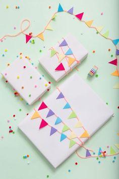 Pom Pom & Garland Gift Wrapping