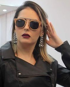 Collection of Stylish Summer Sunglasses Summer Sunglasses, Stylish Sunglasses, Sunglasses Women, Casual Summer Outfits, Spring Outfits, Trendy Outfits, Eyewear Trends, Teen Celebrities, Celebrity Outfits