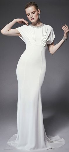 Zac Posen.Resort 2015. Probably looks good with a low back