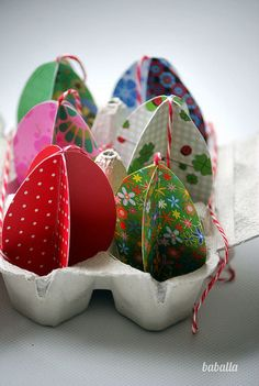 guirnalda_pascua_tridimensional5 Blog, Baby Shoes, Diy Crafts, Party, Flowers, Easter Decor, Kids, English, Quotes