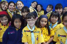 Mexican Cub Scouts (WOSM) Cub Scouts, Girl Scouts, Gs World, Girl Scout Uniform, World Thinking Day, Cubs, Mexican, Girl Guides, Boy Scouting