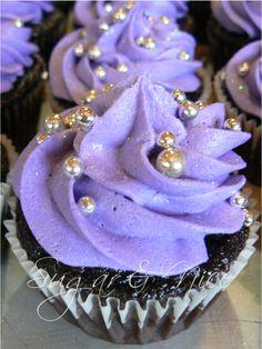 Hesme Purple & Bling Wedding Cupcakes