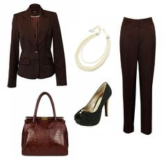 Womens Work Wear  http://www.pinstripeandpearls.com/women/business-occasion/back-to-work