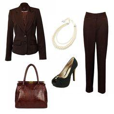 Womens Work Wear  http://www.pinstripeandpearls.com/women/business-occasion/back-to-work