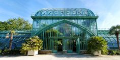Auteuil Greenhouses in the Bois de Boulogne, Paris : important cast iron greenhouses painted in turquoise, built by the French architect Jean-Camille Formigé in 1898 Modern Greenhouses, Tropical Greenhouses, Evolution Of Plants, Conservatory Design, House Plans One Story, Excursion, Paris Ville, Ventilation System, Different Plants