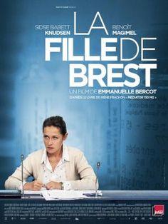 CINE(EDU)-937. La doctora de Brest. Dir. Emmanuelle Bercot. Drama. Francia, 2016. No hospital de Brest (Francia), a neumóloga Irène Frachon descobre unha conexión directa entre unha serie de sospeitosas mortes e un medicamento aprobado polo estado. Comezará entón unha solitaria loita por descubrir a verdadeira natureza do fármaco. http://kmelot.biblioteca.udc.es/record=b1649390~S1*gag