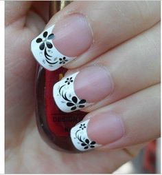 Nail-Art-seal-French-tip-Seal-with-Rhinstone-Nail-Art-3D-nail.jpg