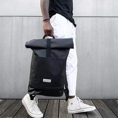 Mindennapokra, sportoláshoz, irodába, iskolába, szóval bármikor, bárhova. Univerzális és egyedi stílus. Under Armour, Backpacks, Nike, Bags, Fashion, Handbags, Moda, Fashion Styles, Backpack