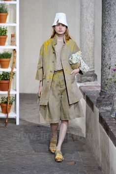 Daniela Gregis - Ready-to-Wear - Runway Collection - Women  Spring / Summer 2013