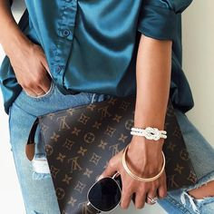 Today's outfit inspo: the White Braided bracelet on the wrist!💘 And it's free worldwide shipping 📦🌎 (photo by Louis Vuitton Monogram, Leo, Braids, Detail, My Style, Bracelets, Womens Fashion, Outfits, Instagram