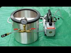 Vacuum Chamber and Pump - Vacuum Infusion