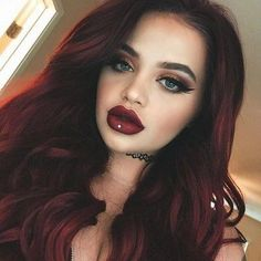 Makeup Looks Discover Wicked Matte Lipstick Plum Red Hair, Black Curly Hair, Red Hair Color, Brown Hair Colors, Color Red, Short Hair Wigs, Curly Wigs, Wine Hair, Blonde Lace Front Wigs
