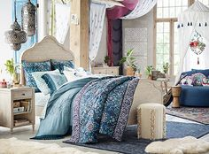 Lennon & Maisy Medallion Tapestry Quilt + Sham from PBteen. Saved to Lennon and Maisy X PBteen. Teen Bedding, Boho Bedding, Bedding Sets, White Bedding, Luxury Bedding, Teen Girl Bedrooms, Teen Bedroom, Bedroom Decor, Scrappy Quilts