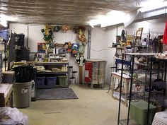 Studio - clean coming into basement