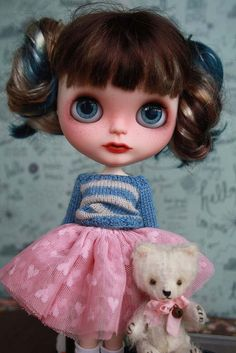 Evelina - OOAK Custom Blythe Doll https://www.etsy.com/listing/201366301/evelina-ooak-custom-blythe