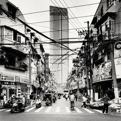 Crossroads, Shanghai, China, 2010 - http://www.behance.net/gallery/Megalopolis-Shanghai/3607071