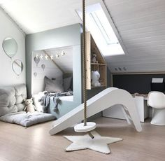 Totally Awesome Kid's Room Ideas You'll Feel like Redecorating. Decorating rooms for kids is always fun to do. There are lots of fantastic kid's room ideas you'll find it hard not to choose, such as the list below. Cool Kids Rooms, Kids Room Design, Baby Design, Decor Room, Kid Decor, Bedroom Decor, Decor Ideas, Creative Decor, My New Room