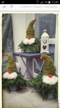Christmas Decorations - 11 pretty, cute, funny and inexpensive ideas for Christmas - DIY Bast . Christmas Gnome, Rustic Christmas, Christmas Projects, Winter Christmas, All Things Christmas, Christmas Wreaths, Christmas Ornaments, Christmas Ideas, Office Christmas