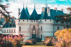 Castle of Chaumont-sur-Loire - Who wants to enter ?