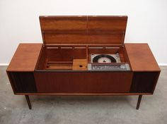 Vintage Record Player Cabinet Furniture Console Radio