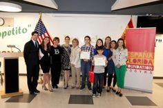 The winners of the third edition of the Hispanic Heritage History Bee in Spanish, on March 9.