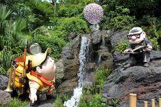 Tokyo Disneyland up character statues