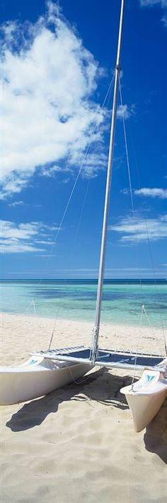 Catamaran on Beach beautiful.... http://www.dein-internet-erfolg.eu/