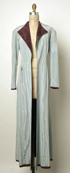 Evening coat, attributed to Elsa Schiaparelli, late 1930s-early 1940s, silk, French.  The Metropolitan Museum of Art  1986.196