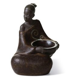 01012501  WOMAN WITH BASKET PULSE OF AFRICA   Issue Year: 2007  Sculptor: José Santaeulalia  Size: 17x12 cm