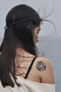 8968-celtic-style-tattoo-art_large.jpg (399×600)