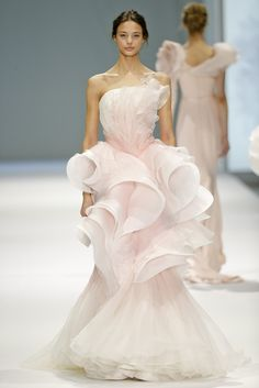 Ralph & Russo Couture Spring 2015
