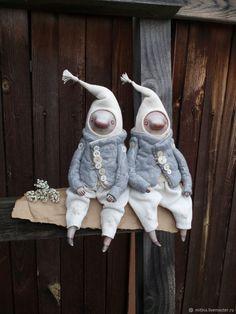 Купить Гномы в сумках - белый, серый, гном, авторская кукла, сумка, Ладолл, лен винтажный