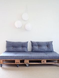 Couch on wheels. Pallet Sofa Couch On Wheels Pallet Patio Furniture You Could Easily Build Yourself This Summer Sofa From Pallets Couch On Wheels Travelinsurancedotaucom Couch On Wheels Sofa Bed With Furniture Table Ikea Pallet Daybed, Pallet Patio Furniture, Diy Pallet Sofa, Diy Pallet Projects, Home Furniture, Furniture Design, Pallet Ideas, Furniture Ideas, Pallet Bank