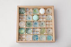 Home - maiyamamoto-glass Jimdoページ Glass Ceramic, Ceramic Art, Japanese Patterns, Button Art, Glass Jewelry, Four Seasons, Soap Making, Breeze, Paper Art