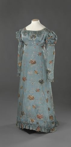 Blue printed silk dress, ca. 1820.