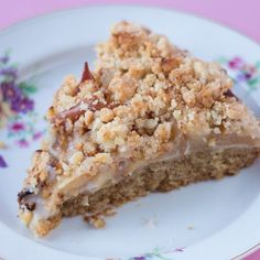 Apfel-Mandelcreme-Kuchen mit Streuseln