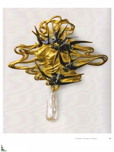 Lalique 'Swallows' Brooch: gold/ enamel/ pearl