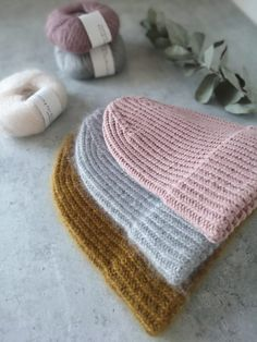 Knitting Projects, Knitting Patterns, Knitted Hats, Crochet Hats, Diy Crochet, Handicraft, Mittens, Diy And Crafts, Sewing