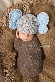 Baby elephant ? & Crochet Newborn Elephant Outfit - Baby Girl or Boy Safari Costume ...