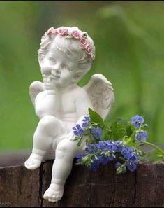 Angel Sculpture, Sculpture Art, Garden Sculpture, Angel Decor, Angel Art, Angel Ornaments, Garden Ornaments, Seraph Angel, I Believe In Angels