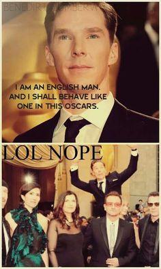Benedict Cumberbatch photobomb...:D lol