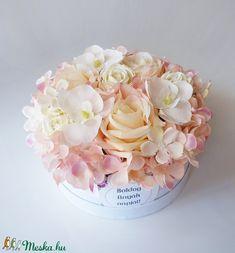 Anyák napi rózsás virág doboz (Decoflor) - Meska.hu Beauty, Beauty Illustration