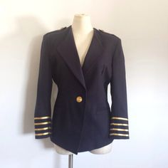 Vintage Women's Navy Blue Military Blazer  by TomieHarleneVintage, $32.00 #military #airforce #militaryblazer