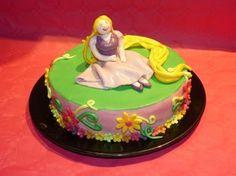 "Gâteau d'anniversaire ""Raiponse"""
