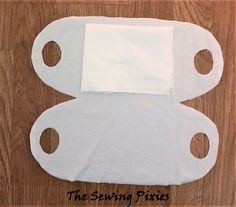 Easy to Make a No-Sew Face Mask Free Pattern – Agnes Creates - Face Mask Diy Tailor Scissors, Fabric Scissors, Sewing Hacks, Sewing Crafts, Sewing Projects, Sewing Tips, Easy Face Masks, Diy Face Mask, Homemade Face Masks