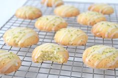 Limoenkoekjes met glazuur - Laura's Bakery