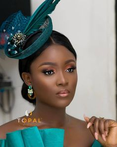 Image may contain: 1 person, closeup African Wedding Hairstyles, Black Wedding Hairstyles, Black Girl Makeup, Girls Makeup, Maquillage Black, Bride Makeup, Hair Makeup, Fascinator Hats, Fascinators
