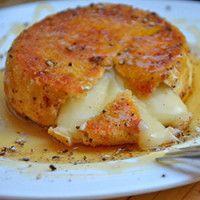 Camembert empanado