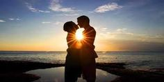 Bulan madu , merupakan impian dari setiap pasangan yang baru menikah atau yang masih merancang pernikahan. Dan Eropa merupakan destinsi impian banyak orang , karena di sana terdapat berbagai kota atau tempat yang memiliki nuansa romantis dan cocok untuk pasangan baru.