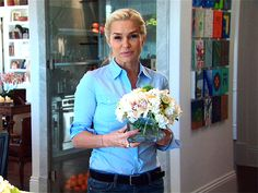 The Real Housewives of Beverly Hills Season 3 - How to be A Housewife: Yolanda - Video - Bravo TV Official Site Yolanda Foster Home, Foster House, Family Painting, Bravo Tv, Housewives Of Beverly Hills, Reality Tv Stars, Organized Mom, Domestic Goddess, Celebrity Houses